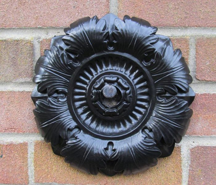 10 inch acanthus flourish wall tie ACANTHUS/ROSE LEAF WREATH STYLE CAST IRON WALL TIE Pattress plate